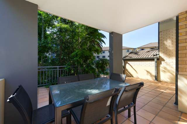 69/300 Sir Fred Schonell Drive, St Lucia QLD 4067