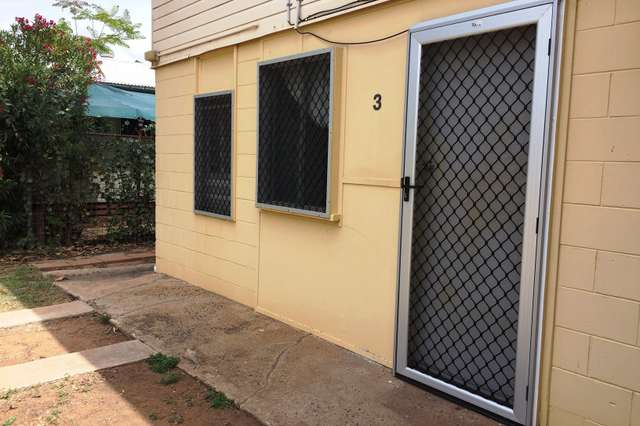 Unit 3/22 Wey St, Blackwater QLD 4717