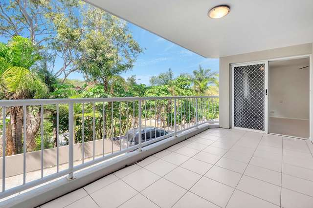 Unit 4/14 Brake St, Burleigh Heads QLD 4220