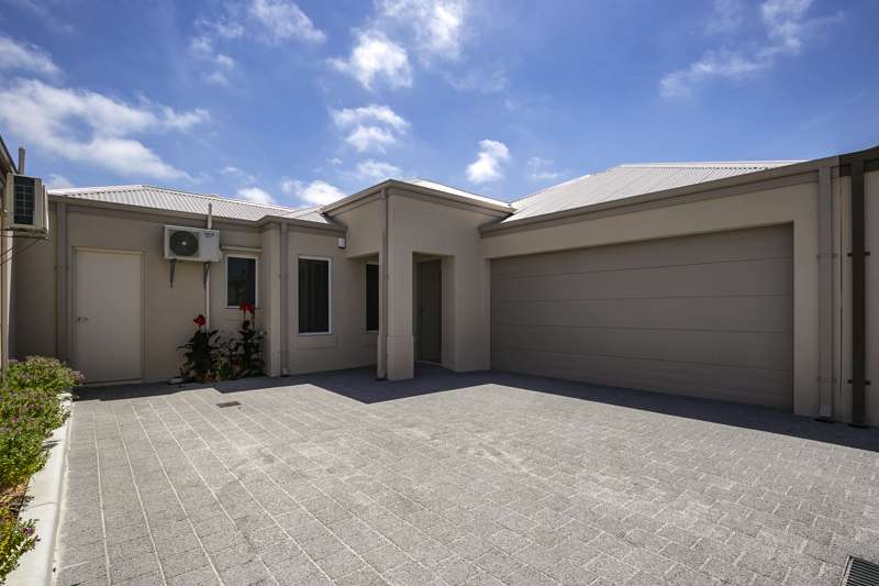 Main view of Homely unit listing, Unit 3/103 Caridean St, Heathridge, WA 6027