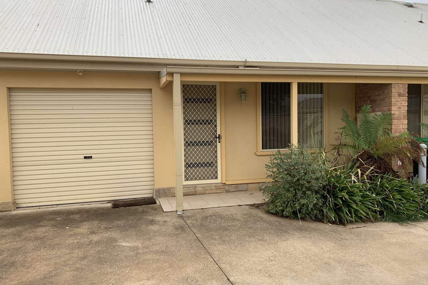 Main view of Homely townhouse listing, Unit 2/35A Mclachlan St, Orange NSW 2800