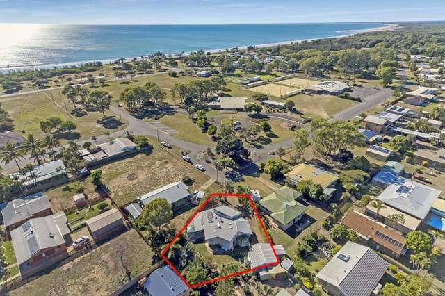 1 Hibiscus Ave, Moore Park Beach QLD 4670