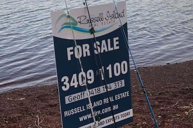 47 Treasure Island Ave, Karragarra Island QLD 4184