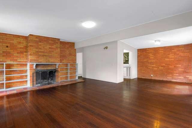 61 Swann Rd, Taringa QLD 4068