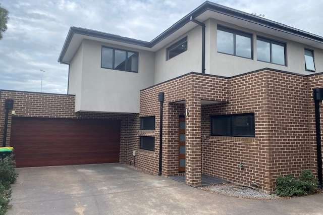 Unit 3/17 South Rd, Airport West VIC 3042