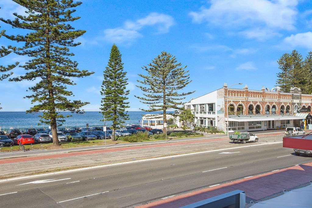 Main view of Homely unit listing, 1/1135-1139 Pittwater Road, Collaroy, NSW 2097
