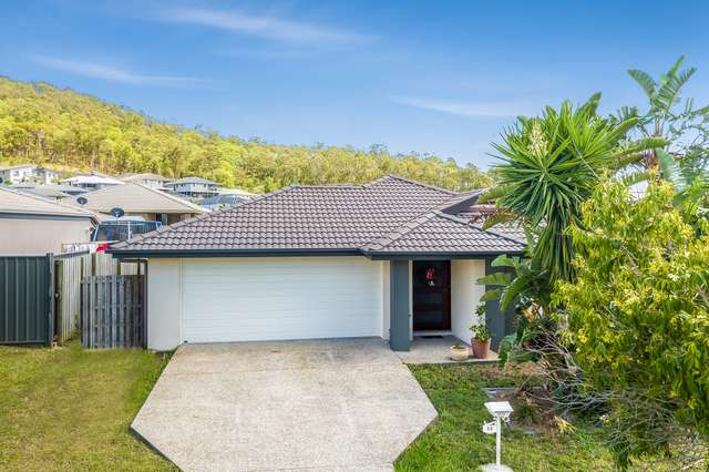 33 Sunridge Cct, Bahrs Scrub QLD 4207