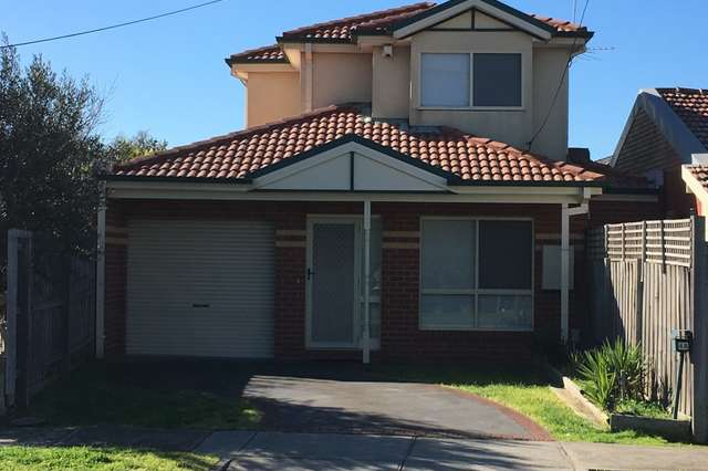 4A Dinah Pde, Keilor East VIC 3033