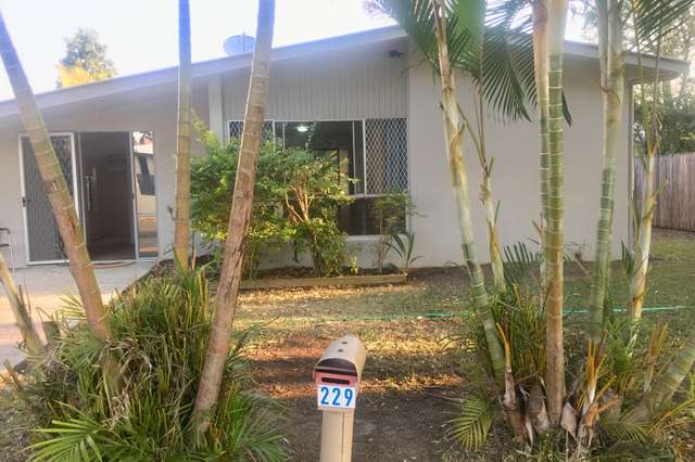 229 Broadwater Ave W, Maroochydore QLD 4558