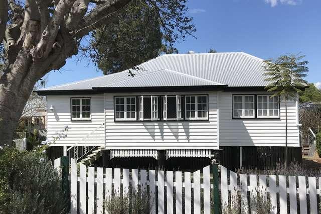 6 Whitehill Road, Newtown QLD 4305