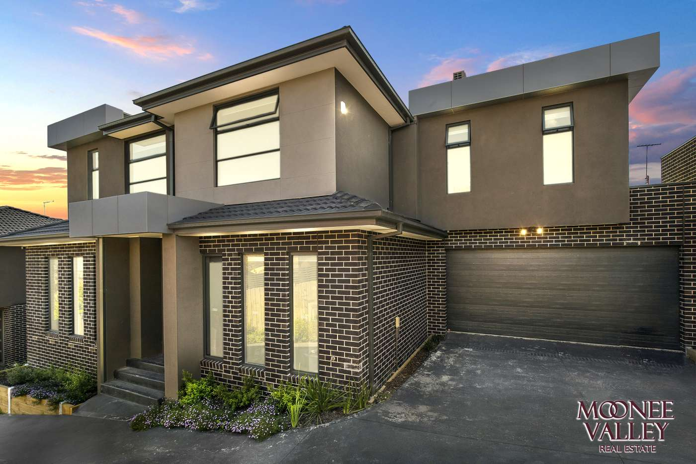 Main view of Homely townhouse listing, 2/3 Rickard Street, Avondale Heights VIC 3034