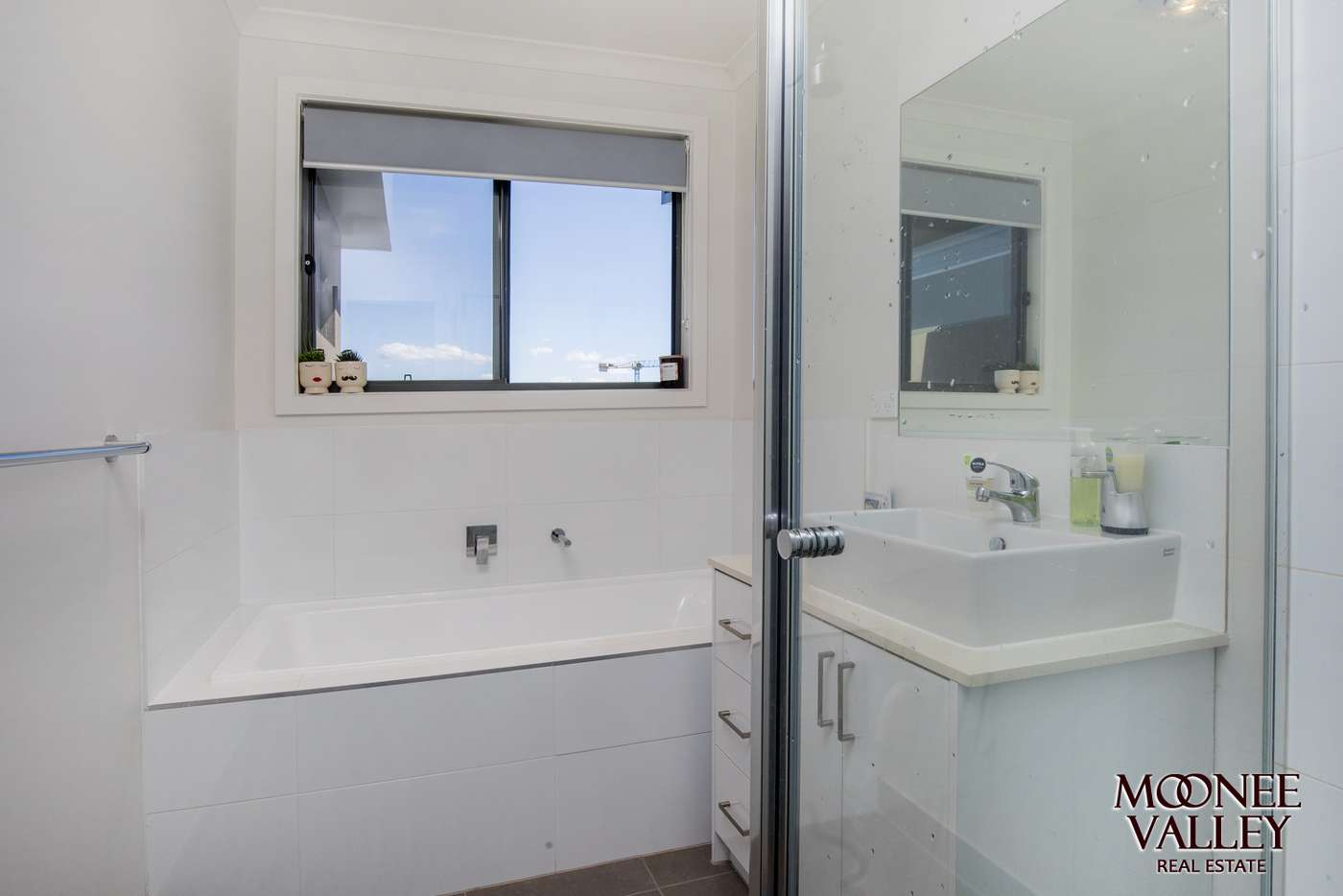 Sixth view of Homely townhouse listing, 2/3 Rickard Street, Avondale Heights VIC 3034