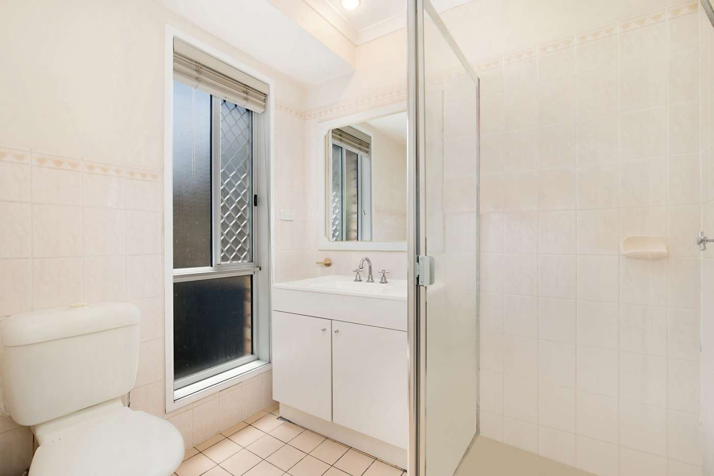Sixth view of Homely house listing, 4 Gregwal Ct, Oxley QLD 4075