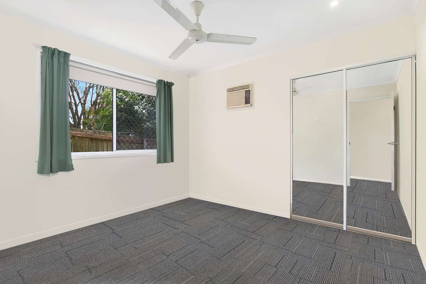 Seventh view of Homely house listing, 4 Gregwal Ct, Oxley QLD 4075