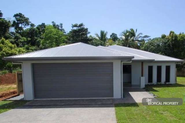 14 Coral Cl, Mission Beach QLD 4852