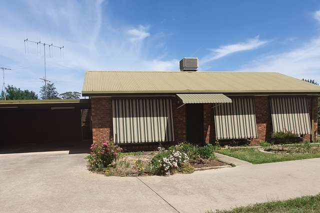 Unit 2/17 Main St, Rutherglen VIC 3685