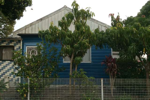 4 Mounter St, Mayfield East NSW 2304
