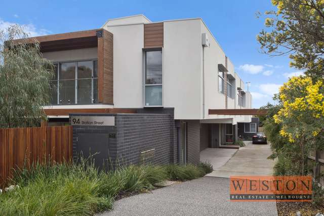 Town House 2/94 Station St, Aspendale VIC 3195