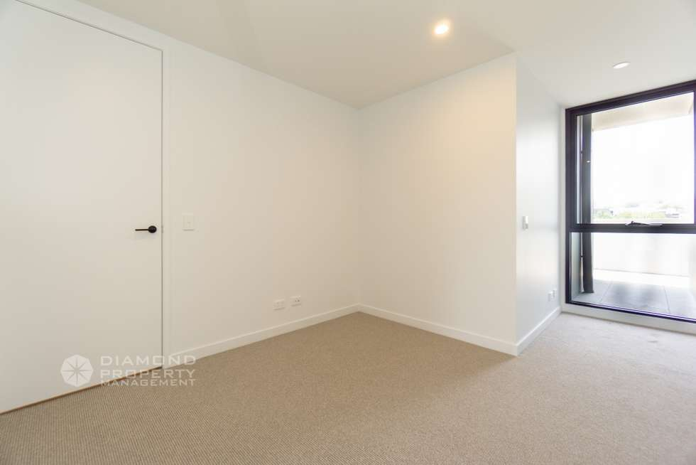 Fifth view of Homely apartment listing, Apt One/260 Burwood Highway, Burwood VIC 3125