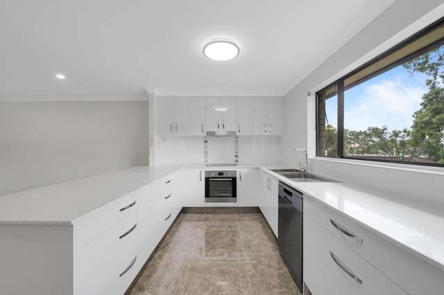 Unit 7/5 Grosvenor Rd, Indooroopilly QLD 4068