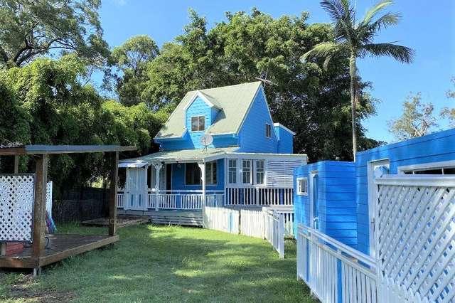 92 Treasure Island Ave, Karragarra Island QLD 4184