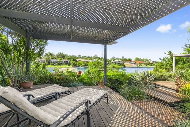 73 Cabana Bvd, Benowa Waters QLD 4217