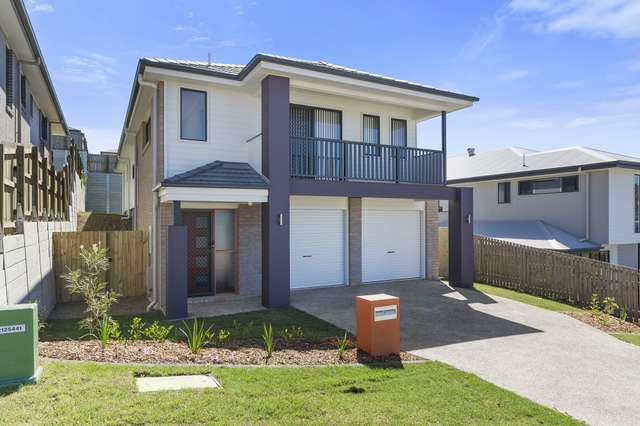 9 Barber St, Springfield Lakes QLD 4300