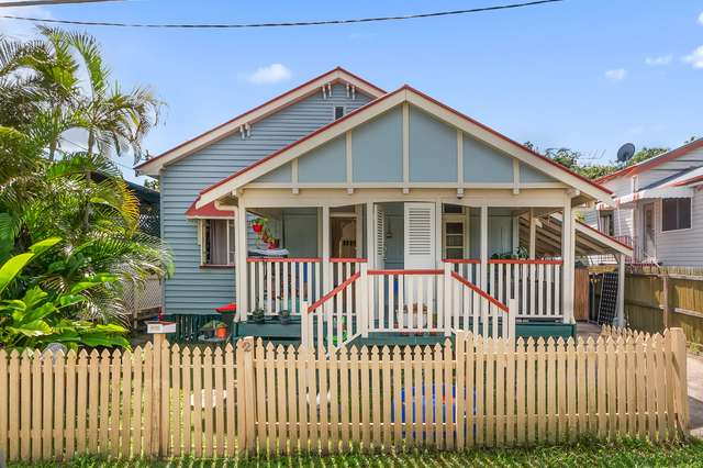 2 Glena Street, Fairfield QLD 4103