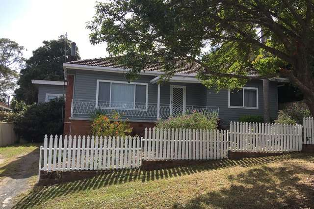 18 Moore St, West Gosford NSW 2250
