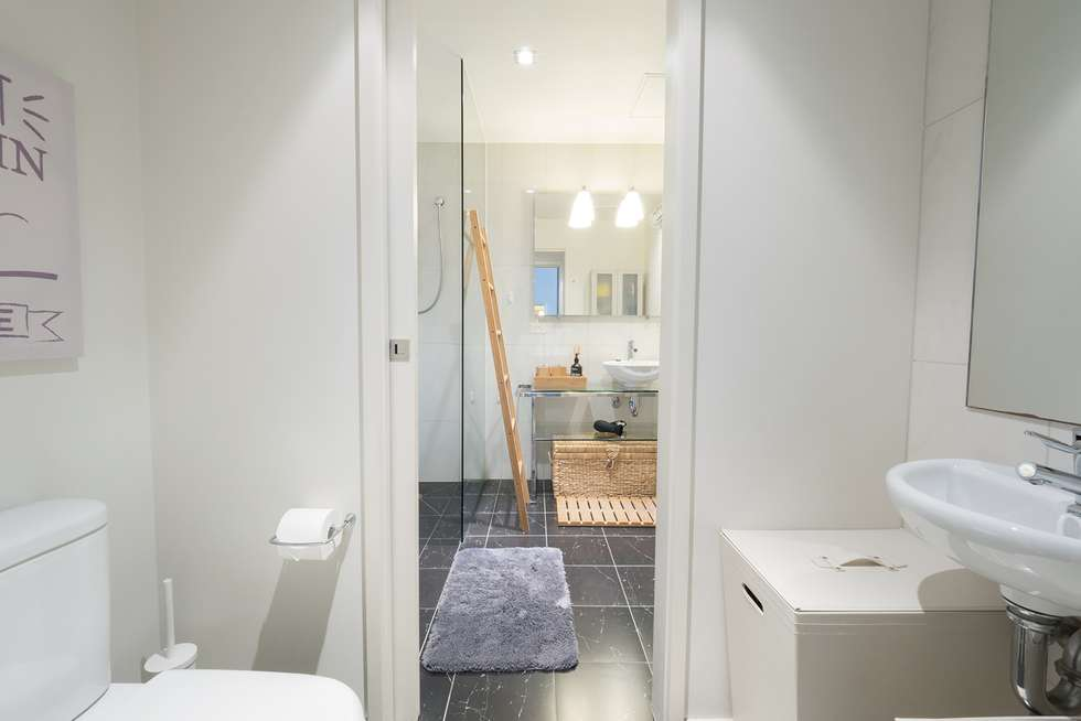 Fifth view of Homely apartment listing, Unit 1610/68 La Trobe St, Melbourne VIC 3000