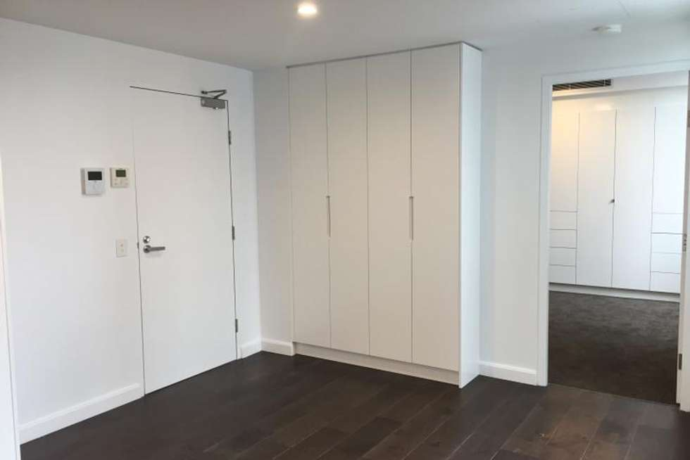 Third view of Homely apartment listing, 305/128 Military Road, Neutral Bay NSW 2089