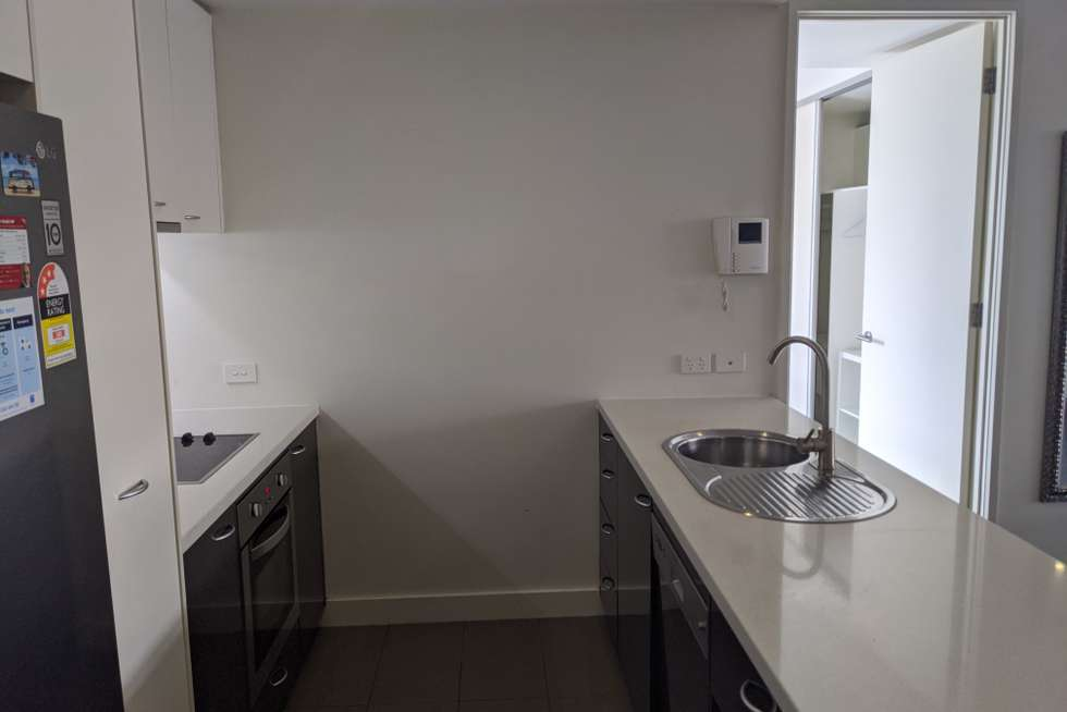 Fourth view of Homely apartment listing, 301/95 Berkeley St, Melbourne VIC 3000