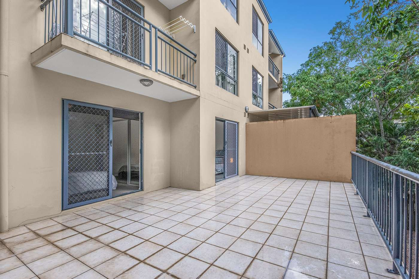 Main view of Homely unit listing, Unit 2/317 Boundary St, Spring Hill QLD 4000