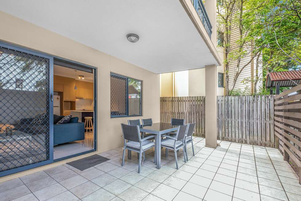 Second view of Homely unit listing, Unit 2/317 Boundary St, Spring Hill QLD 4000