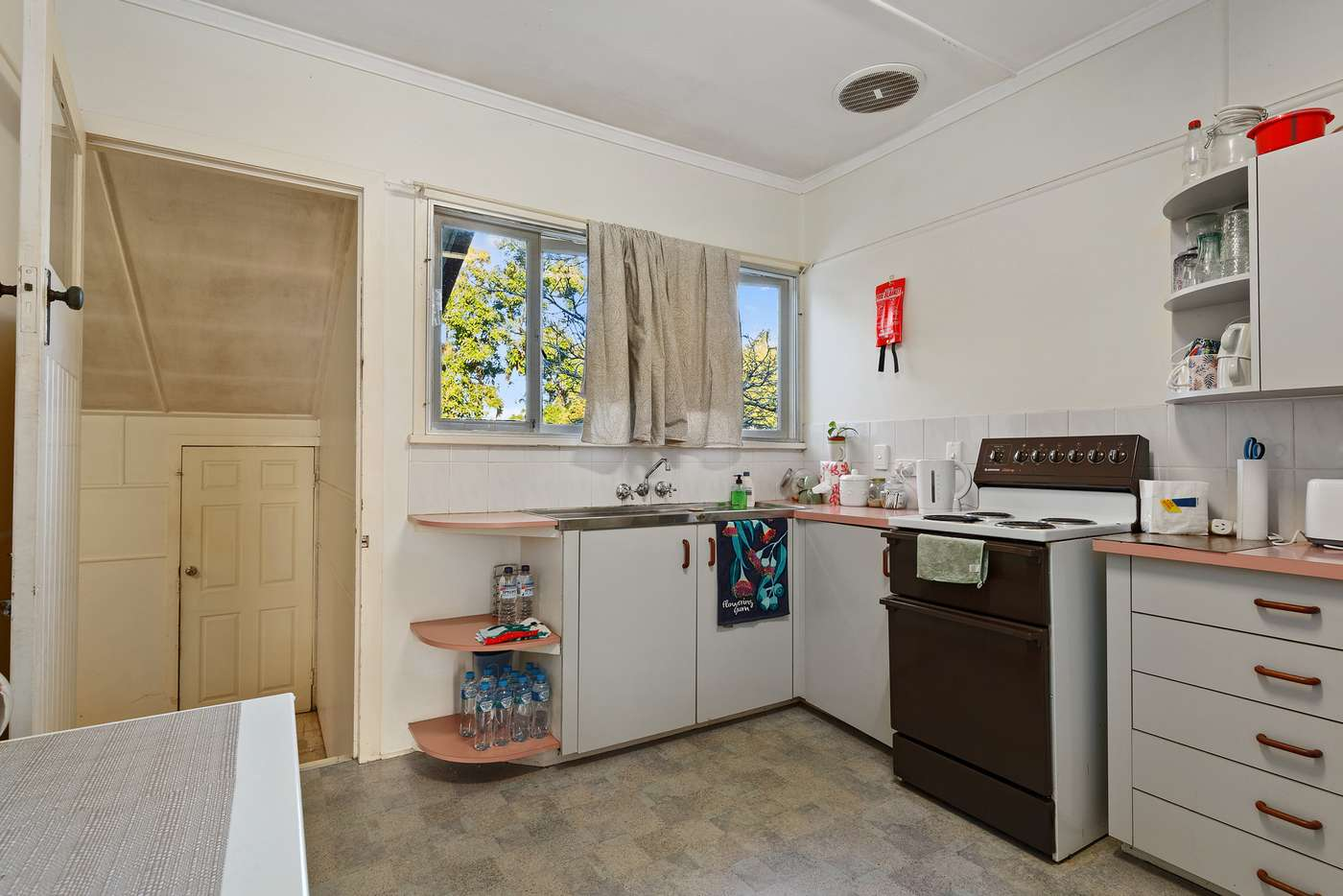 Sixth view of Homely house listing, 10 Brockhouse St, Upper Mount Gravatt QLD 4122