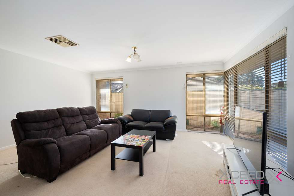 Second view of Homely house listing, 42 Glendevon Turn, Kinross WA 6028