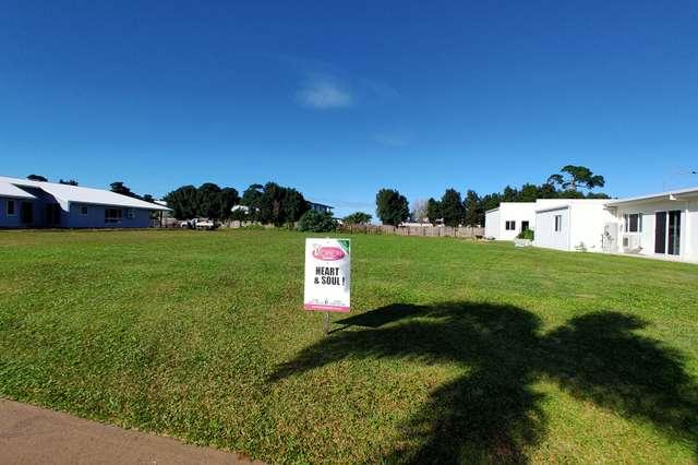 4 Nautilus St, Mission Beach QLD 4852
