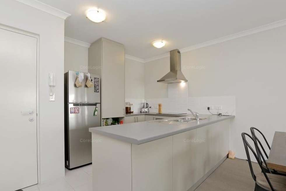 Fifth view of Homely apartment listing, 15/148 Railway Parade, Queens Park WA 6107