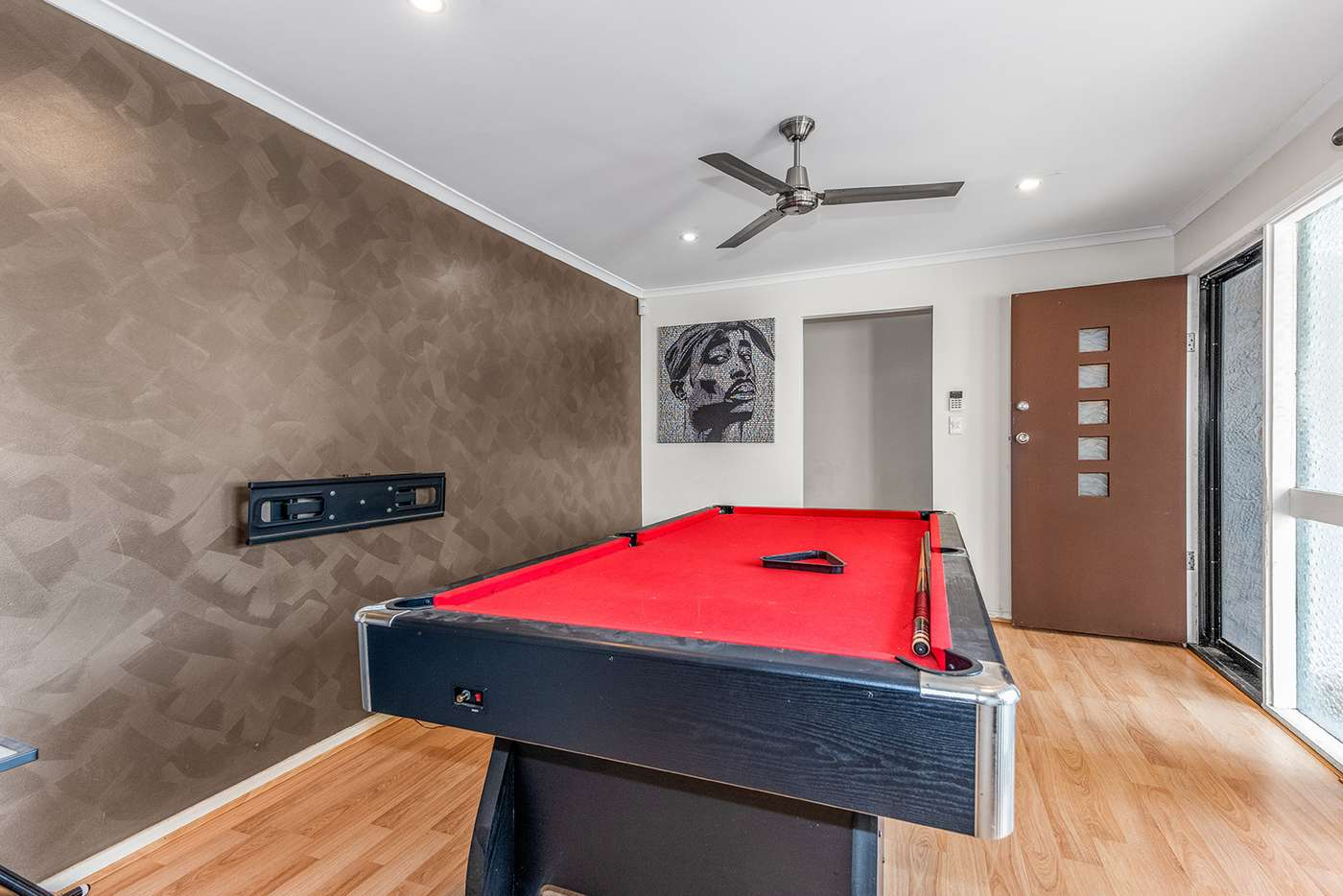 Fifth view of Homely house listing, 8 Sweetgum St, Hillcrest QLD 4118