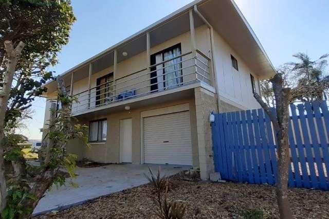 18 Mckenzie St, Burnett Heads QLD 4670