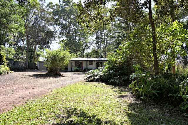 462 Connection Rd, Mooloolah Valley QLD 4553