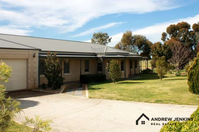 64 Snell Rd, Barooga NSW 3644