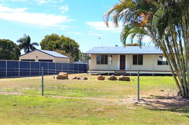 7 Doctor St, Burnett Heads QLD 4670