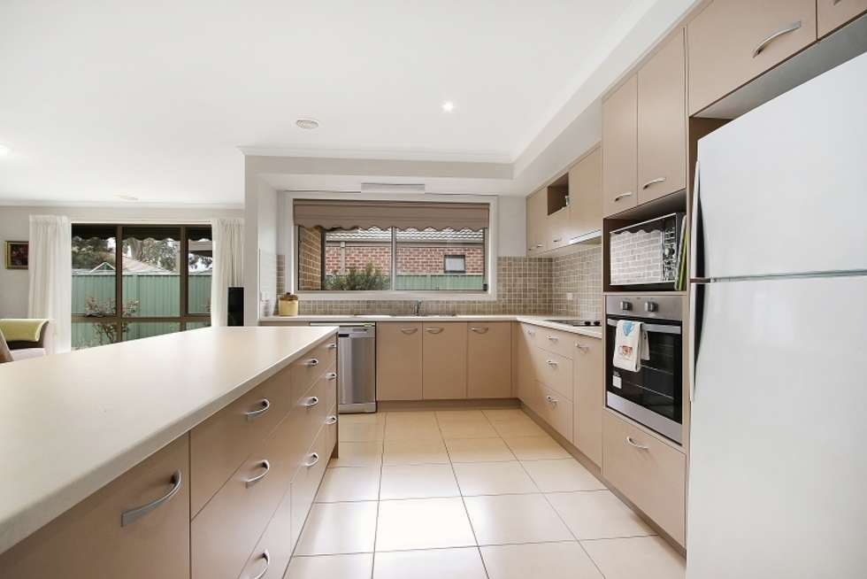 Second view of Homely house listing, 5 Inwood Cres, Wodonga VIC 3690