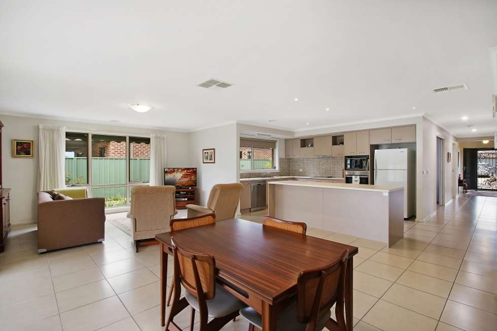 Fourth view of Homely house listing, 5 Inwood Cres, Wodonga VIC 3690