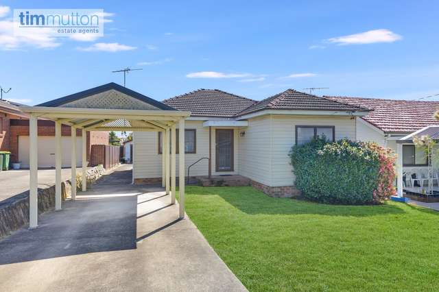 42 Clifford St, Panania NSW 2213