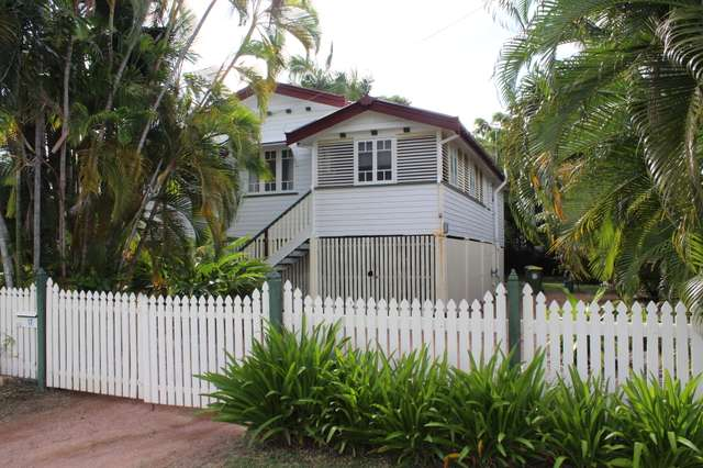 17 Townsville St, West End QLD 4810