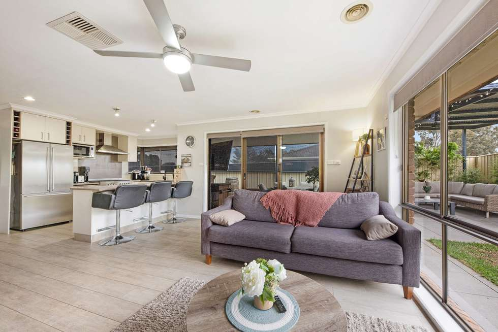 Second view of Homely house listing, 5 Skipton Ct, Wodonga VIC 3690