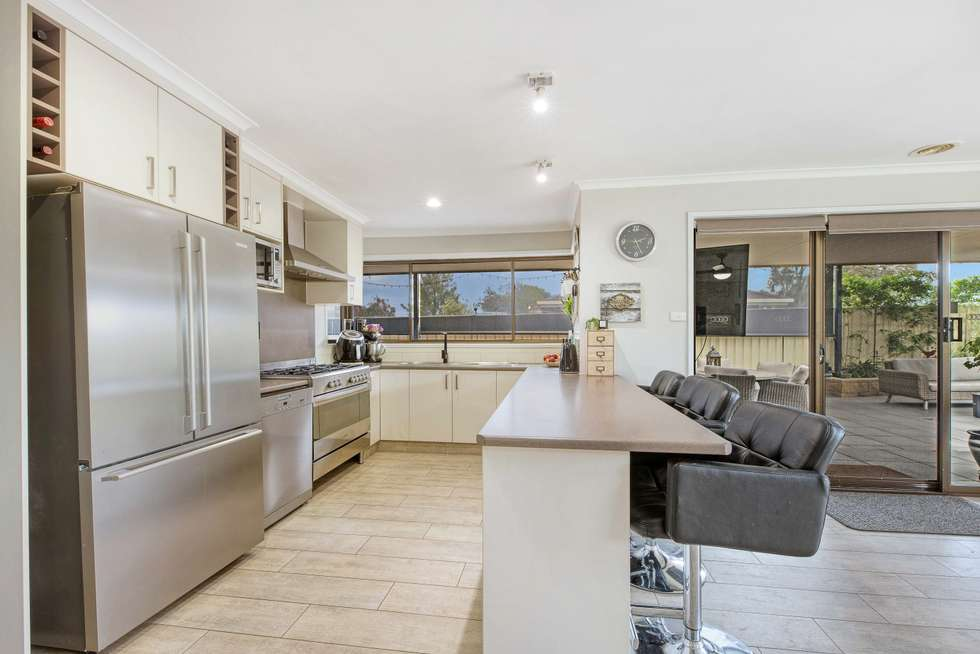 Third view of Homely house listing, 5 Skipton Ct, Wodonga VIC 3690