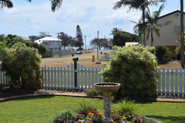 29 Milton St, Burnett Heads QLD 4670